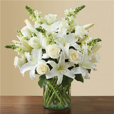 1 800 Flowers Classic All White Arrangement Aaa Florist